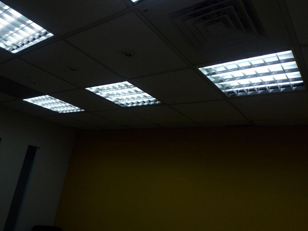 T8高效格柵燈 原狀
